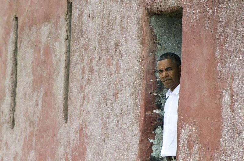 Семья Барака Обамы в бывшем Порту рабов в Сенегале