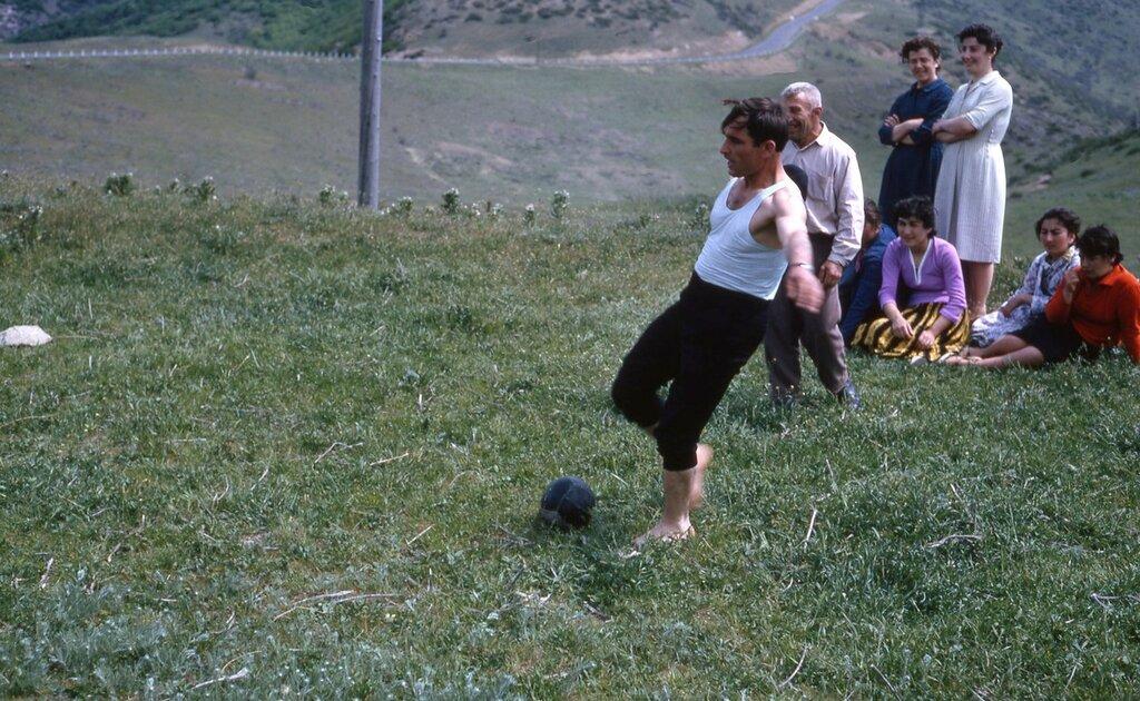 MA25 Samarkand Erevan Kiev Dushanbe Tashkent etc img762 - Georgians playing soccer.jpg