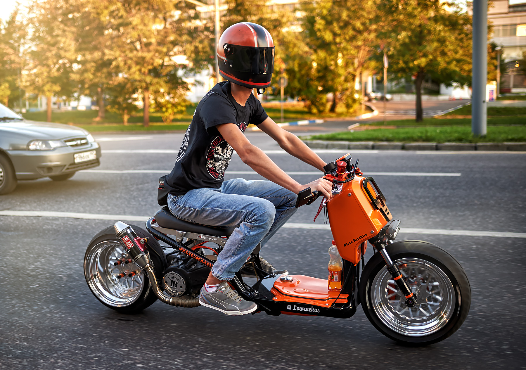 Тюнинг и Кастом: Honda Ruckus (Zoomer) от LowRuckus Custom Москва