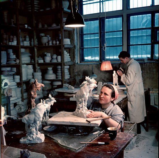 Трудоемкая работа в студии, Москва, 1950.