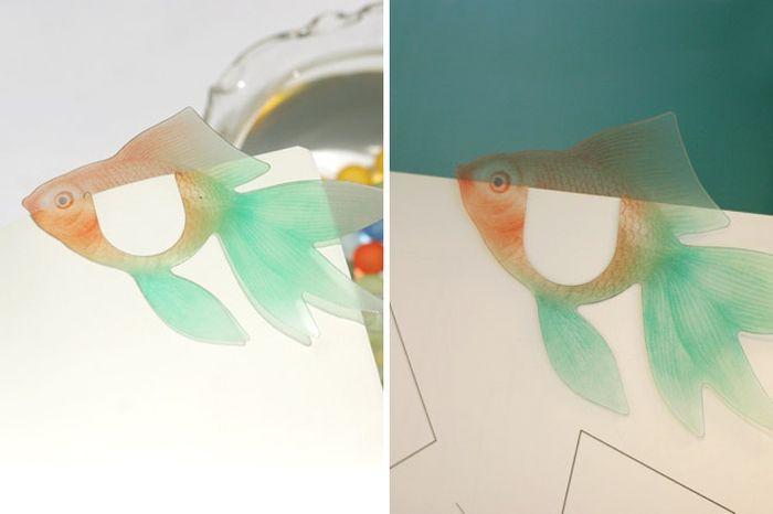 6. Силиконовая разноцветная рыбка Не только красивая, но и очень приятная на ощупь.