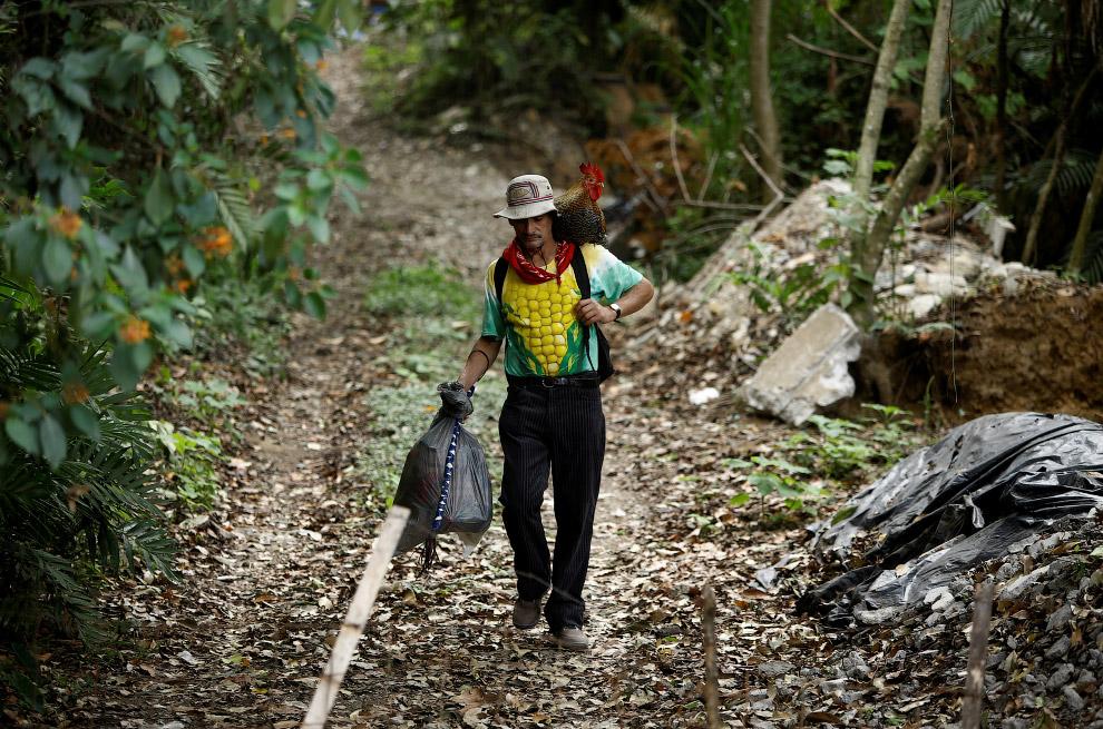 13. Важная прогулка по тротуарам Сан-Хосе, Коста-Рика, 27 апреля 2017. (Фото Juan Carlos Ulate