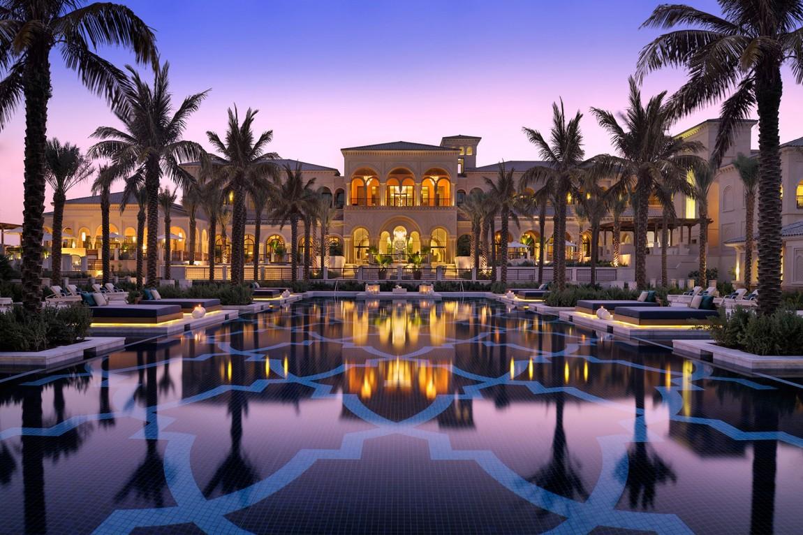 One & Only, The Palm это потрясающий отель, расположенный на полуострове в Дубае, Объединенные Арабс