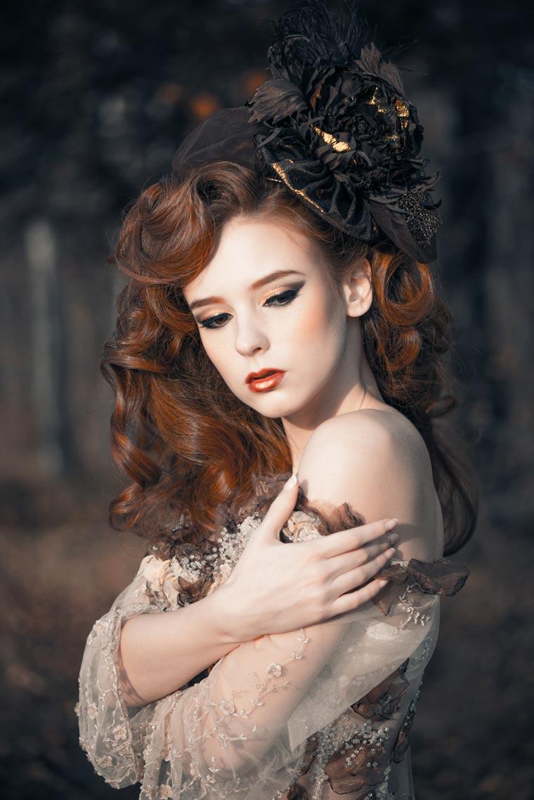 Beauty autumn woman portrait