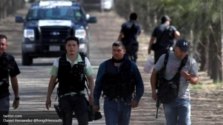 Возмущенные граждане  индейского города вМексики убили мэра нарабочем месте