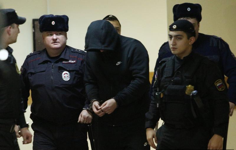 Близняшек в столице России сбил бежавший с Украинского государства чиновник