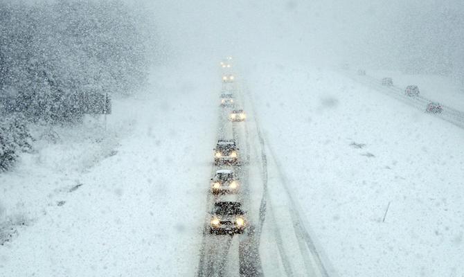 Милиция обнародовала карту перекрытия дорог изон повышенной аварийности— Непогода вгосударстве Украина