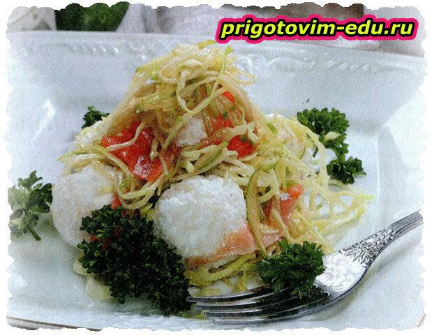 Салат с семгой и сыром фетой