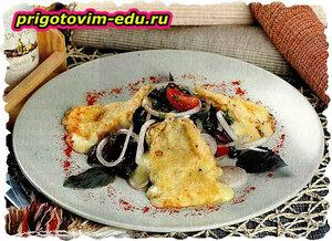 Салат из сулугуни с фасолью