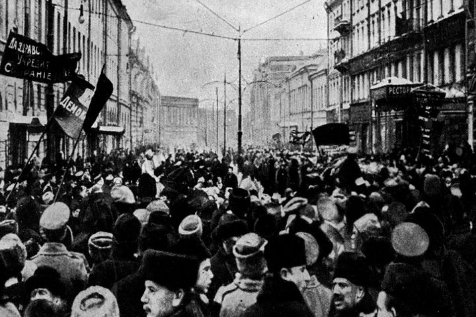 Идеи большевиков спустя сто лет после Революции популярны?