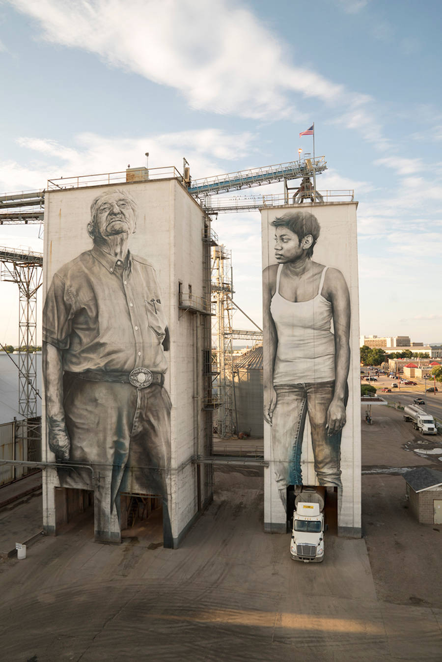 Gigantic and Realistic Mural Portraits in Arkansas