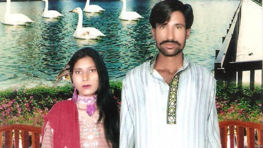В Пакистане суд оправдал 20 человек по делу о сожжении заживо супругов-христиан