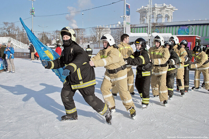 ВДНХ. Флэшмоб пожарных. 24.02.18.01...jpg
