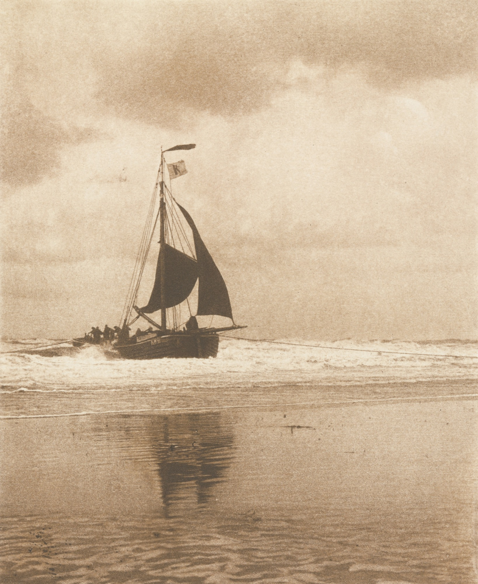 1894. Лодка причаливает к пристани