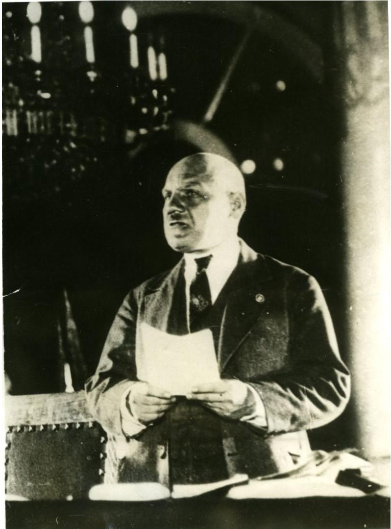 1930. Дело Промпартии. Государственный обвинитель прокурор Н.Крыленко