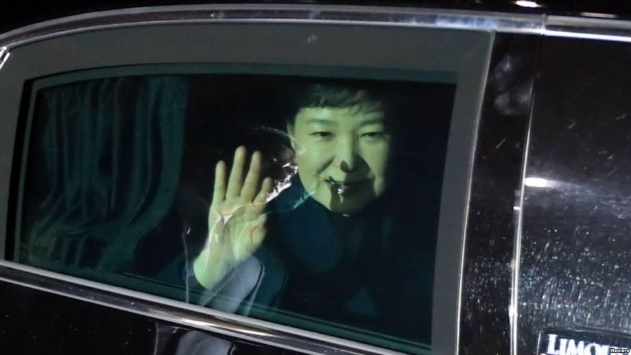 Южная Корея: устраненную президента Пак Кын Х'є приговорили к 24 годам тюрьмы