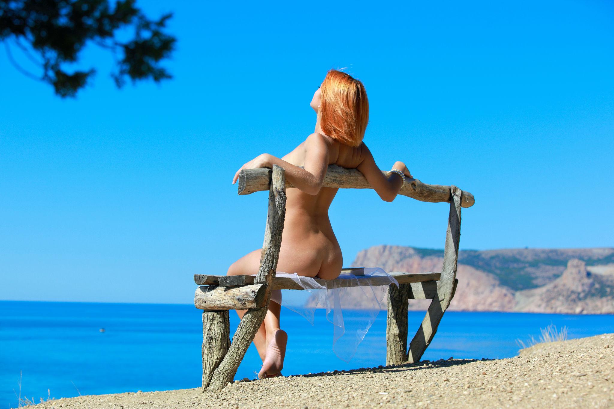 Смотреть нежный секс на берегу моря 5 фотография
