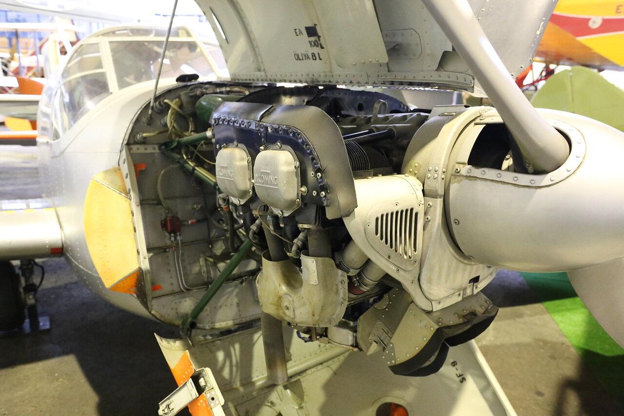 Авиамузей Вантаа. Самолет первоначального обучения Saab 91 D Safir