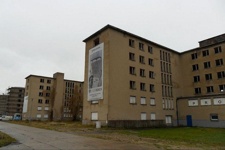 Обширный комплекс, рассчитанный на 20000 отдыхающих, был частью нацистской программы «Сила через Рад