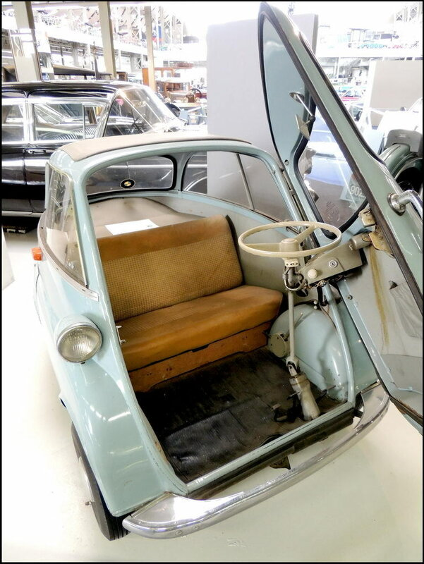 Autoworld 8205 BMW Isetta Type 300 1962