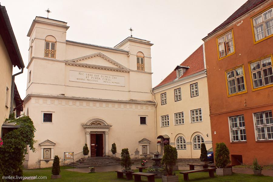 Эстония, Таллин, Старый город Таллина, Церковь Святых Петра и Павла