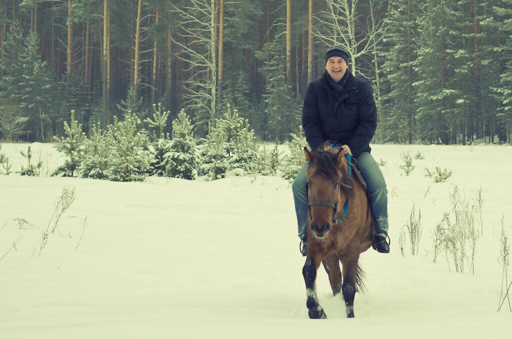 Скачки верхом на лошади - заряд положительных эмоций