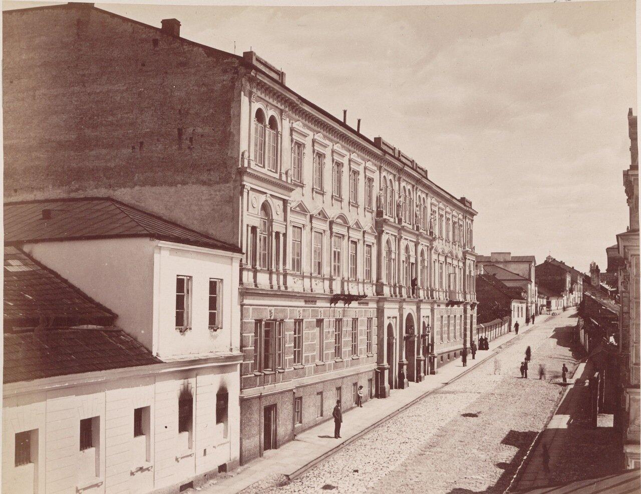 Гостиница «Польская» и театр Людвига в Кельце
