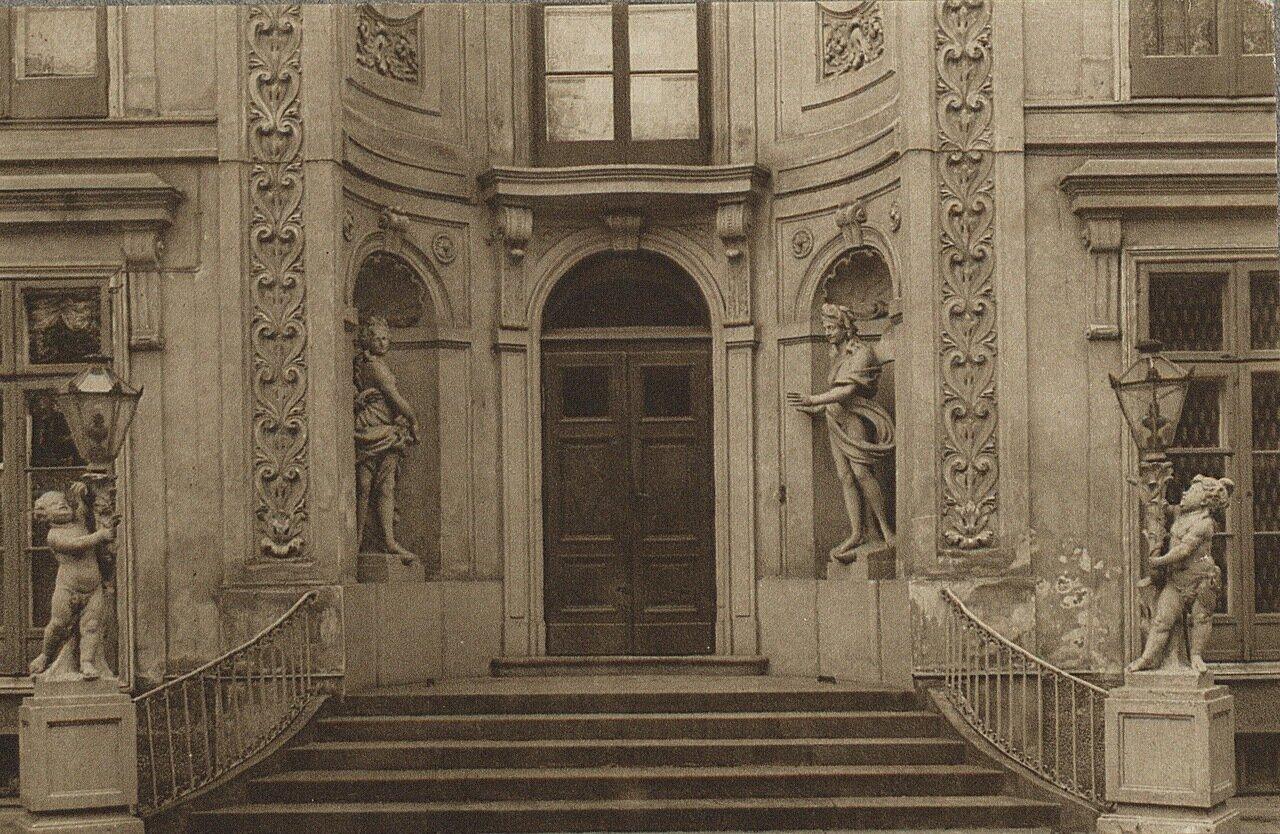 Лазенковский дворец. Главный вход