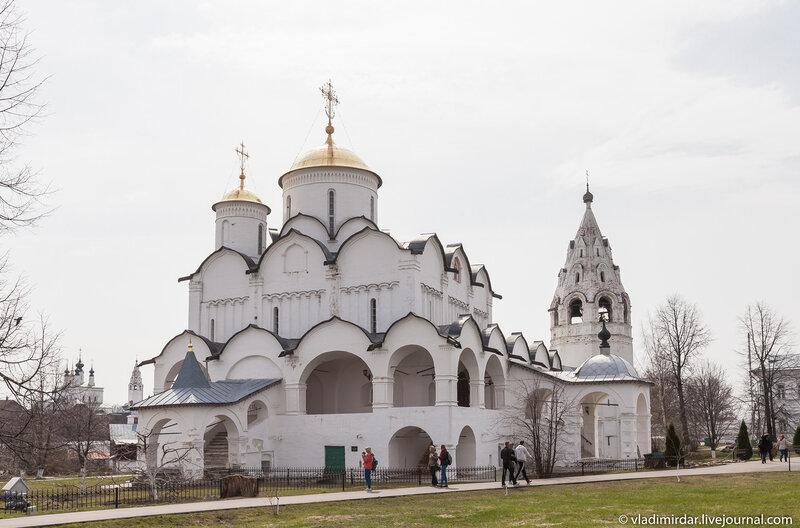 Покровский собор. Покровский женский монастырь в Суздале.