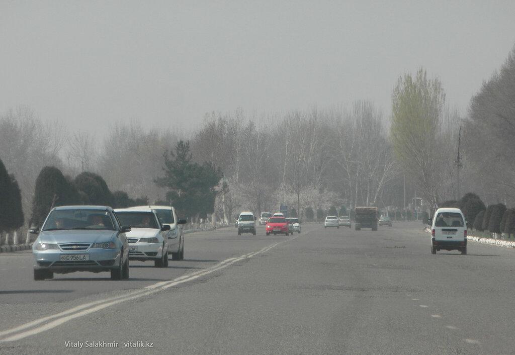 Машины в Фергане, Узбекистан