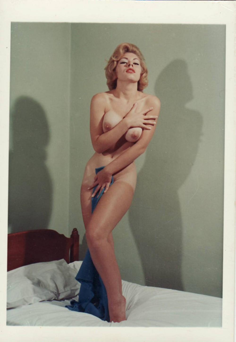 Ретро эротика (18+)