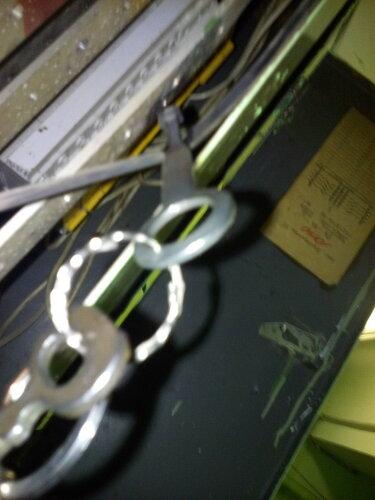 Вызов электрика аварийной службы в квартиру после отключения электроснабжения части многоквартирного дома