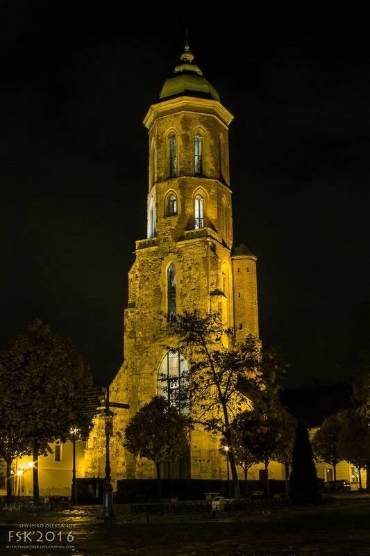 night_budapest-48.jpg