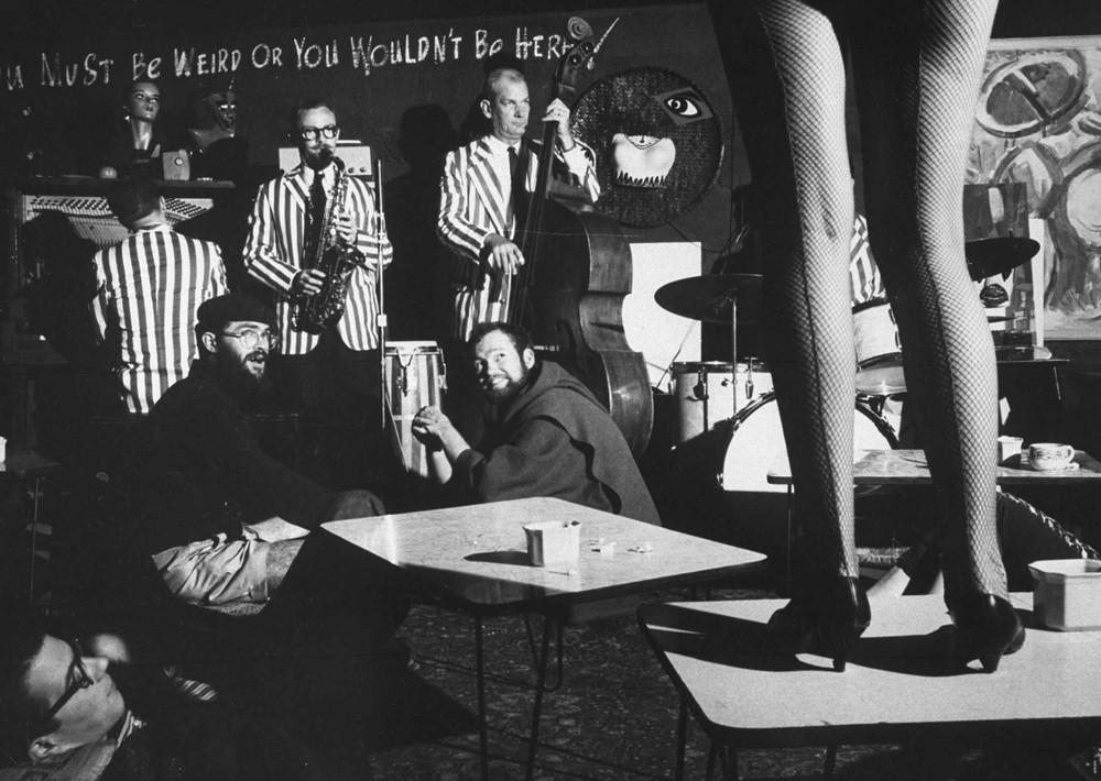 17. Сцена из ночного клуба битников. 1960 год. (A. Y.—The LIFE Picture Collection / Getty Images)