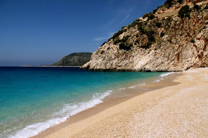 5. Пляж Клеопатры, остров Седир Этот пляж неподалеку от Мармариса — один из немногих в мире, п
