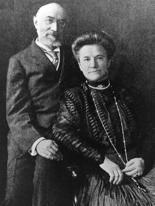 Isidor и Ida Straus – последнее совместное фото четы Штраус. Эта пара была состоятельна и могл
