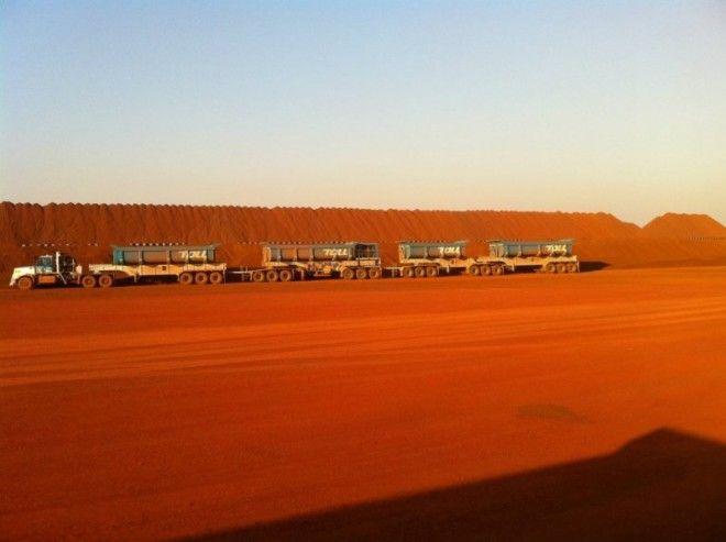 Дорога, которая пролегает между штатами Южная Австралия и Западная Австралия, особенно пустынна и ун
