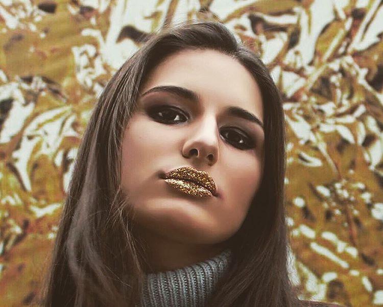 губы-в-глиттере-макияж-фото2.jpg