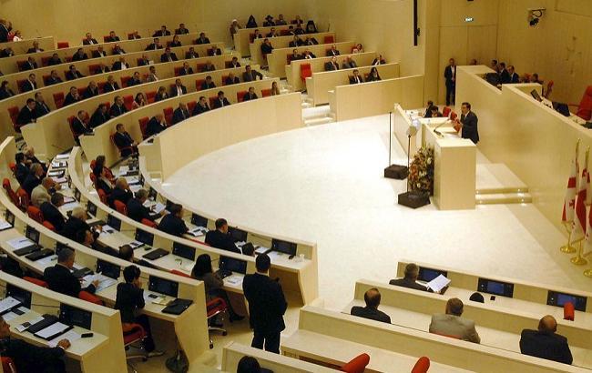 Научастке вМарнеули случилось  столкновение между представителямиГМ ипартии Бурчуладзе
