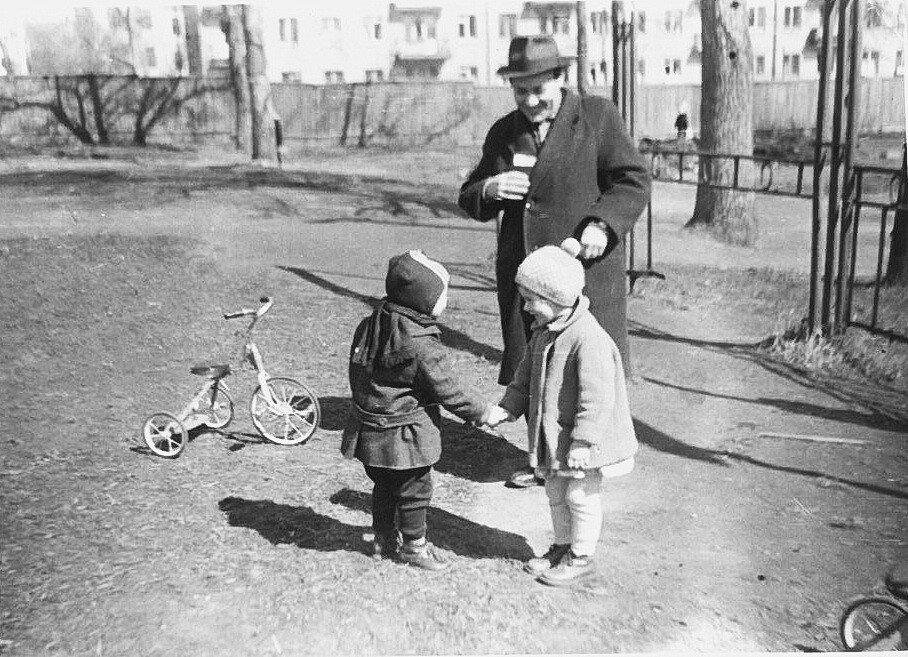 507179 Детский парк 1960-Е Наталии Алферьевой (Остропольской).jpg
