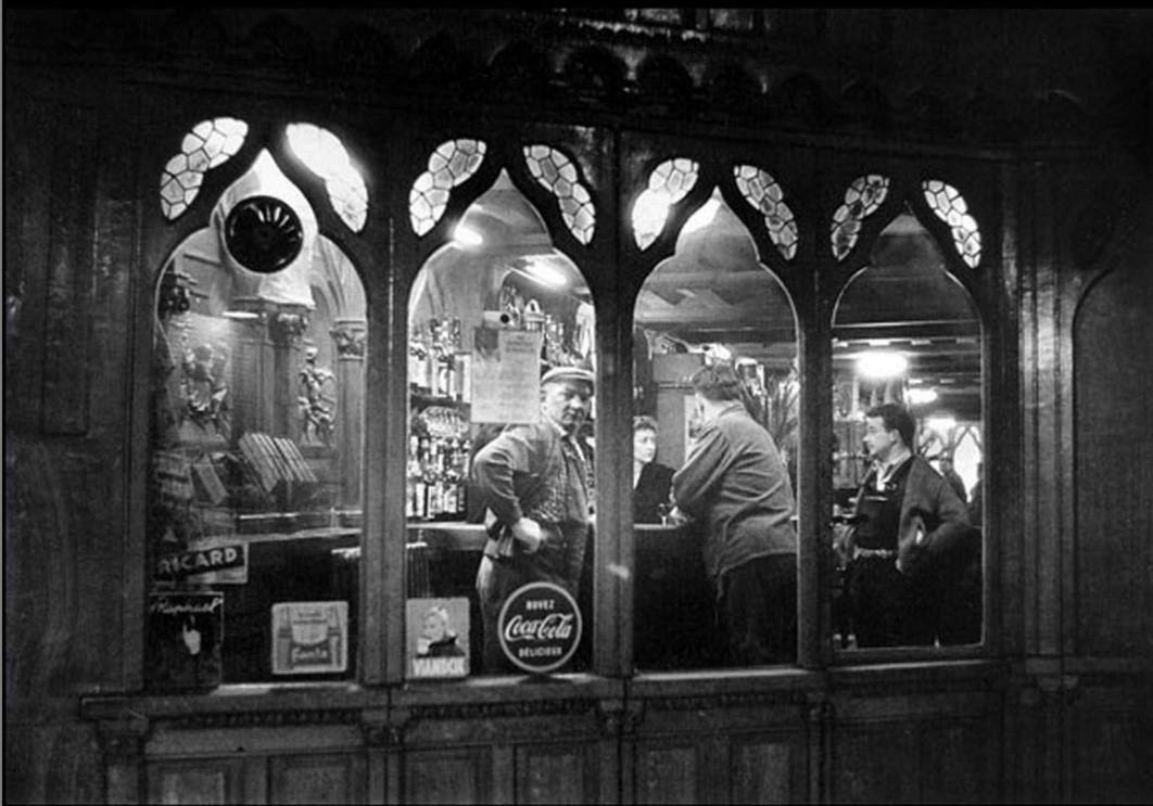 1950. Парижское кафе