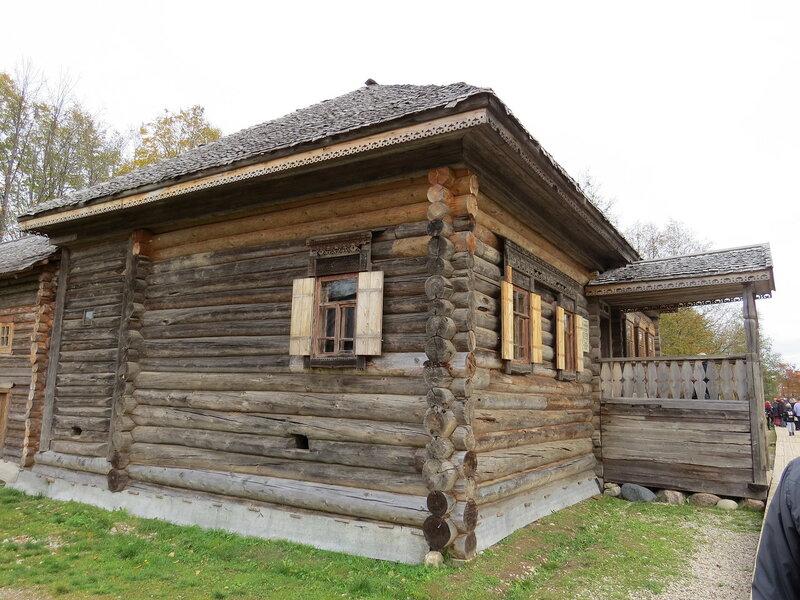 Деревянная изба. Витославлицы в Великом Новгороде