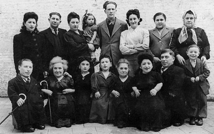 40-е евреи карлики концлагерь нацисты Освенцим семья