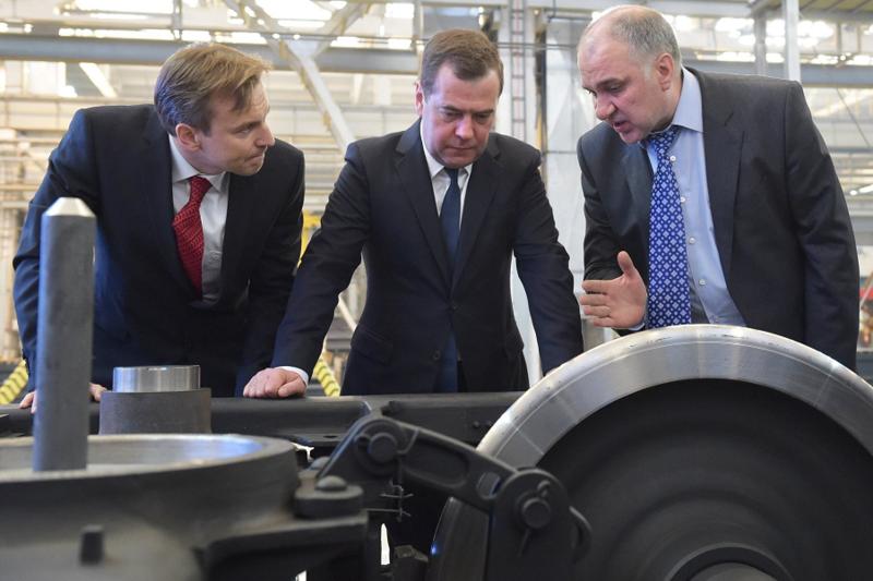 Медведев и импортозамещение.png
