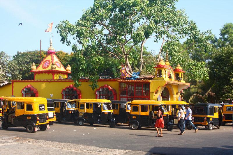 Темпл Ханумана на автовокзале в Панаджи