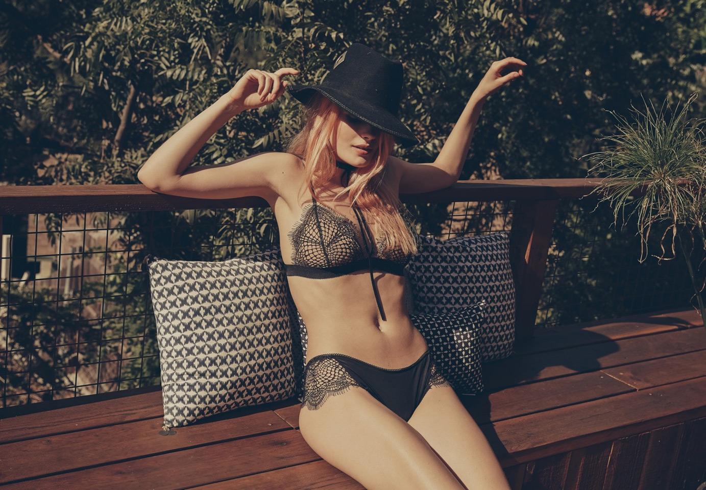 Nemeckaya-model-Alena-Blom-dlya-marki-For-Love--Lemons-40-foto