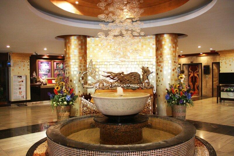 отель Маунтин Бич, Паттайя