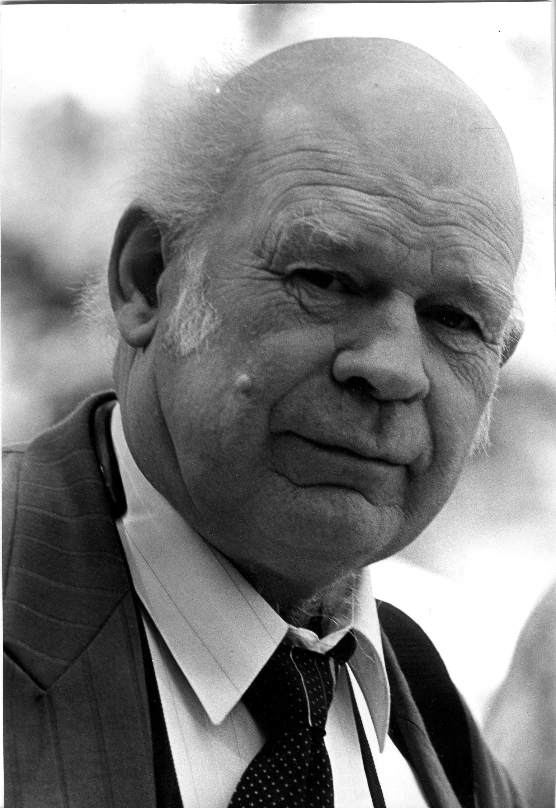 МАЙОРОВ Владимир Трофимович