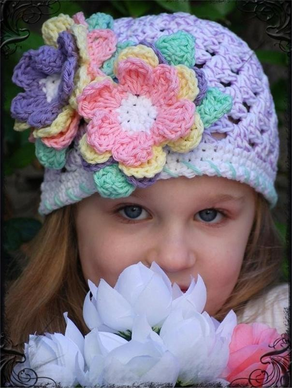 Плюс схемы вязания цветов