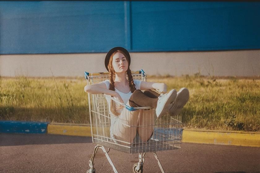 Романтические и озорные фотографии Александры Violet 0 1423f0 cc73300b orig